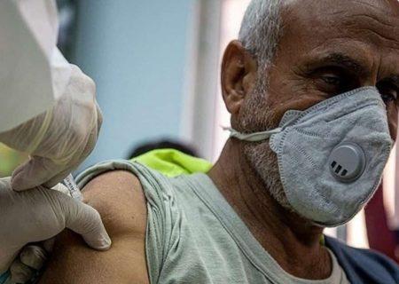 واکسیناسیون نخستین گروه پاکبانان کاشانی علیه کرونا