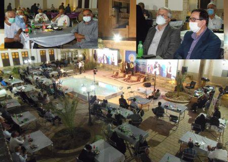 ارجداشت پیشکسوتان دانشگاه کاشان در پنجمین روز از هفته دستاوردها و افتخارات +گزارش تصویری